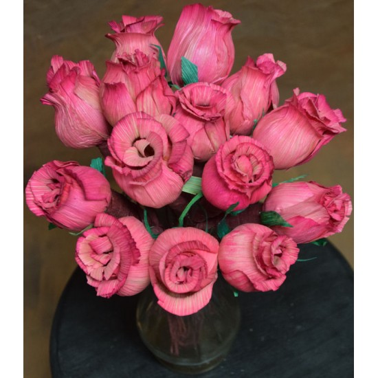 Dried Pink Corn Husk Roses - Closed Buds