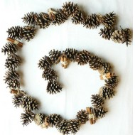 Pine Cone Garland (6 or 12 foot) with Cinnamon Sticks