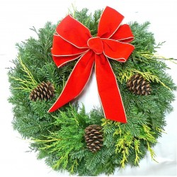 Fresh Traditional Holiday Wreath